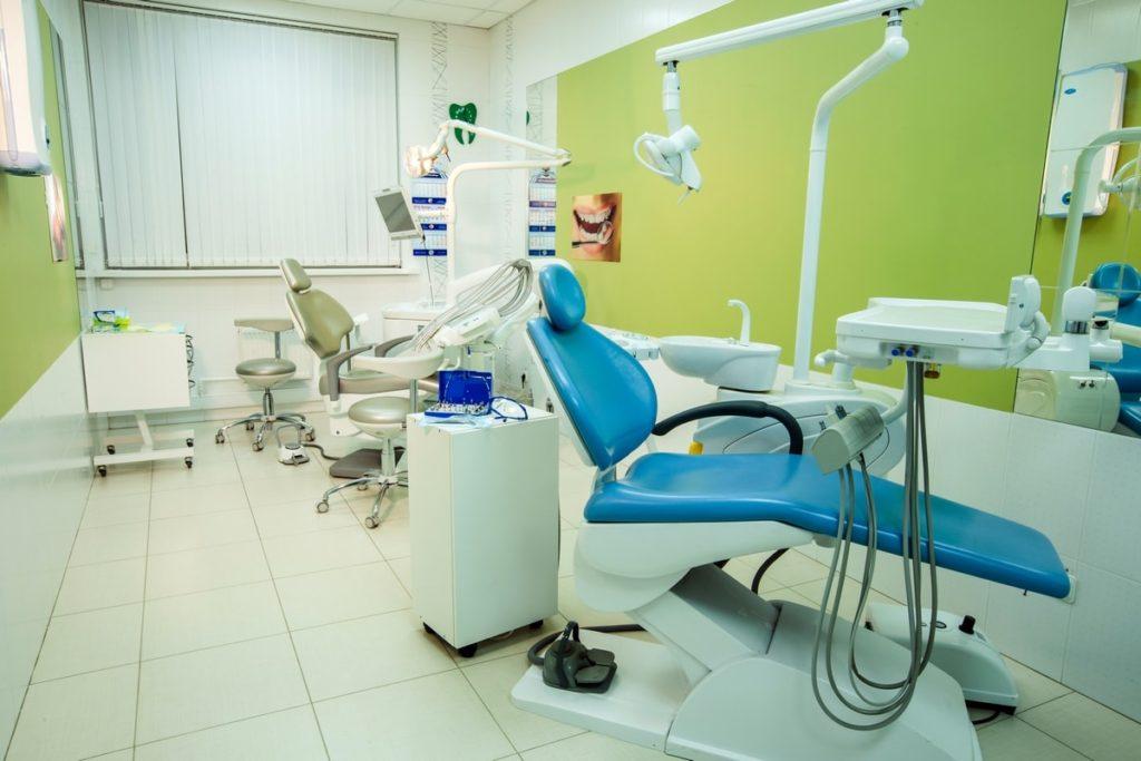 Доступная стоматология во Фрунзенском районе