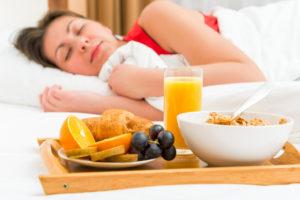 Употребление какой еды улучшает сон
